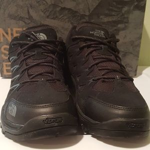 North Face Storm III Mid WPsize 11